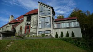 Chalet Louise for rent in Mont Tremblant